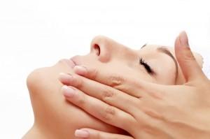 Lægeeksamineret Kosmetolog og Wellness terapeut