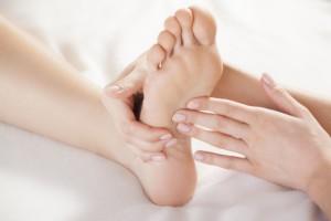 Pleje af fødder hos Viborg Helsepraktik
